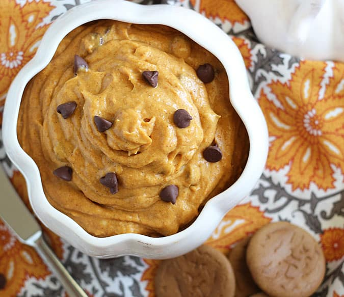Chocolate Chip Pumpkin Dip - a quick and easy fall appetizer!