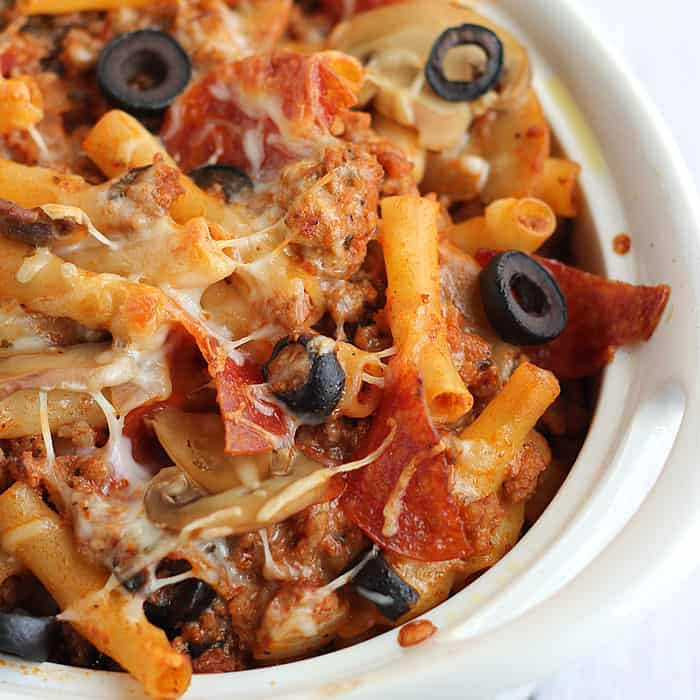 Easy Pizza Casserole - A cheesy, meaty casserole with pasta, vegetables and pizza sauce