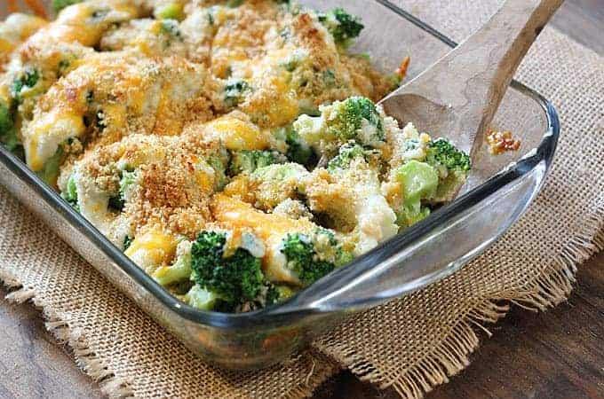Broccoli Au Gratin - a creamy & cheesy crowd-pleasing broccoli side dish!