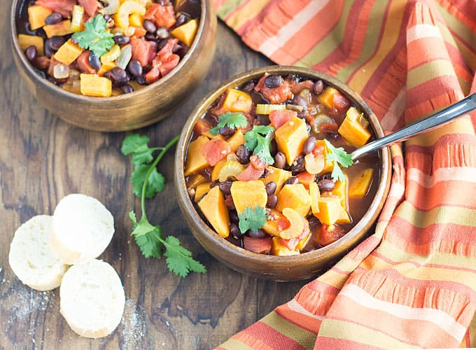Sweet Potato & Black Bean Chili - Sweet potatoes, black beans, veggies and herbs come together for the ultimate healthy vegetarian chili!