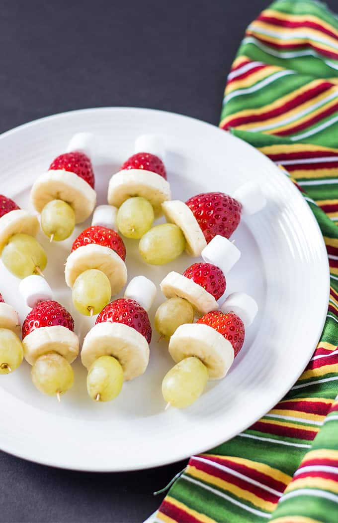 Grinch Kabobs - A cute, fun and healthy holiday snack or appetizer!