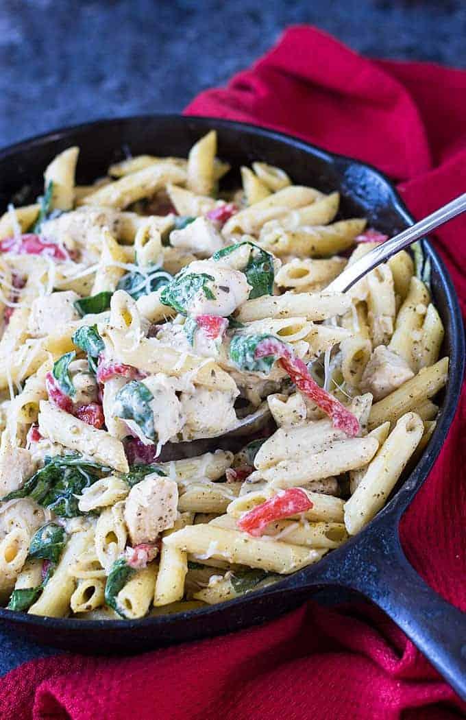 Chicken Pesto Pasta Bake - Creamy and cheesy pasta with chicken ...
