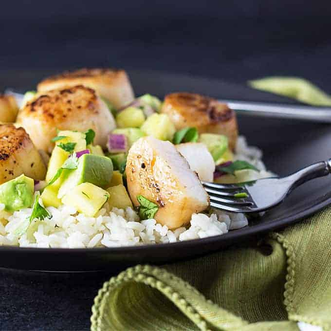 Seared Scallops with Pineapple Avocado Salsa | theblondcook.com