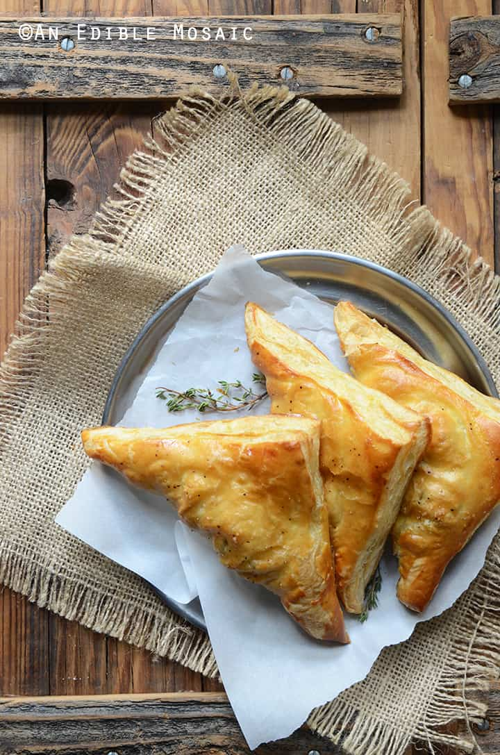 Easy Leftover Turkey, Mushroom and Brie Puff Pastries - Leftover turkey recipes