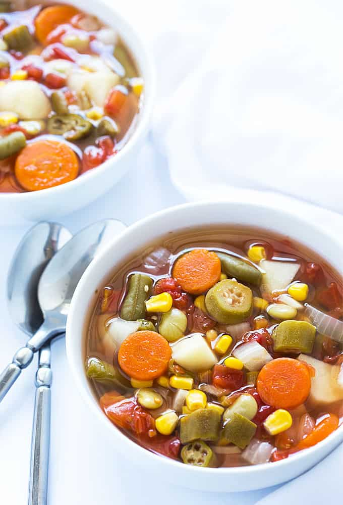 Easy Crock Pot Vegetable Soup - Just 10 minutes prep time!