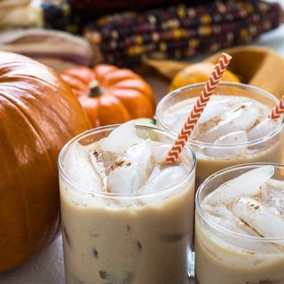 Pumpkin Spice White Russians - An easy and delicious pumpkin-inspired fall cocktail!
