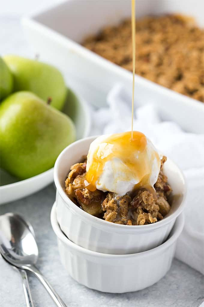 Homemade Apple Crisp – An easy and flavor-packed apple dessert with a sweet, buttery and crispy oat topping!